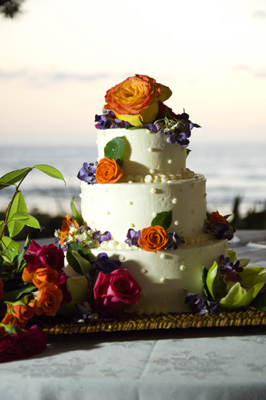tropical weddng cake