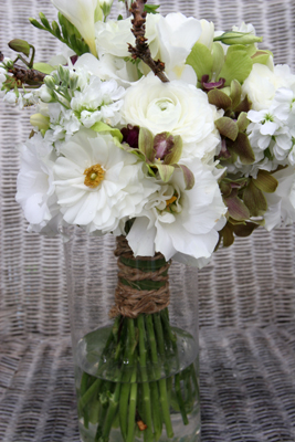 Rustic white bouquet with blossom branches